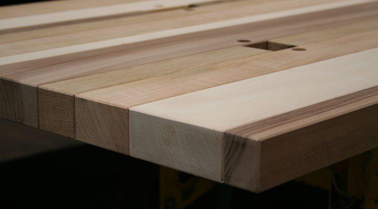 Progettazione e produzione tavoli su misura