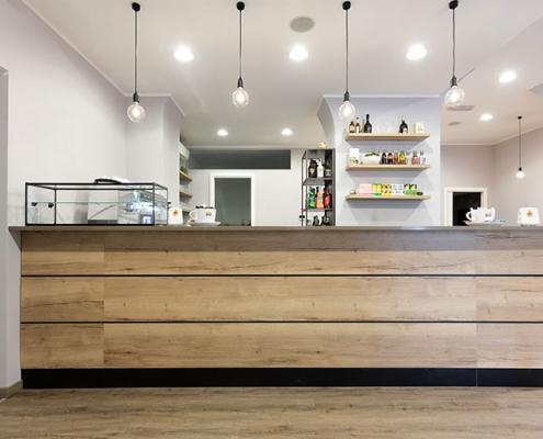 Arredamento per bar in stile vintage industrial a Lecco, Como, Monza, Milano e Sondrio