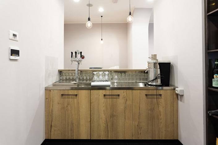 Banconi da bar su misura a Lecco, Como, Monza, Milano e Sondrio