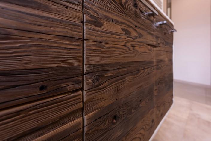 Arredo bagno in legno antico a Lecco, Como, Monza, Milano e Sondrio