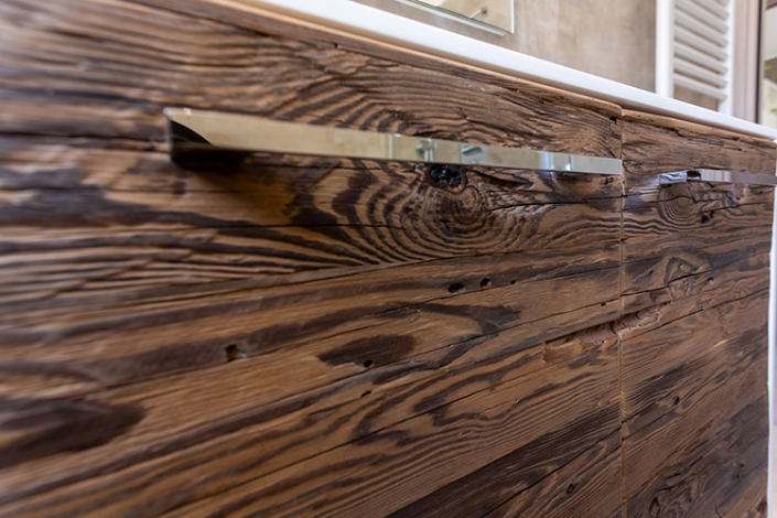 Mobili in legno antico di recupero a Lecco, Como, Monza, Milano e Sondrio